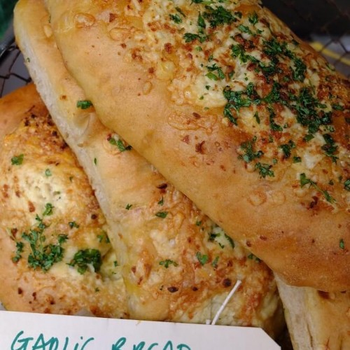 Garlic & Cheese Bread