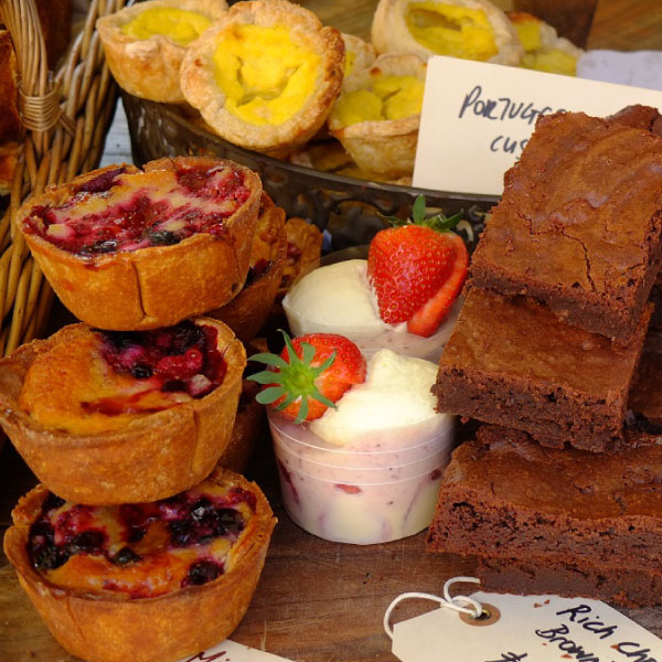 brownies-Baking-Bird